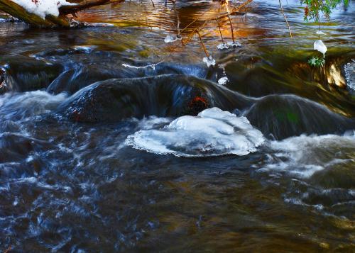 BR Cifelli Falls Winter 1:15